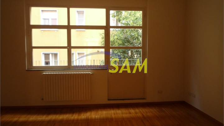 Studio flat for rent in Milano