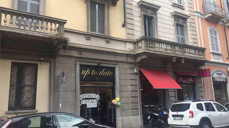 Shop for rent in Milano